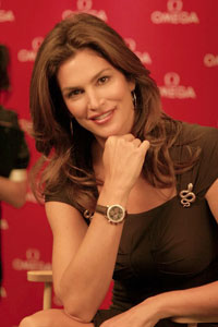 Celebs watches: Cindy Crawford wears Omega Constellation Carre