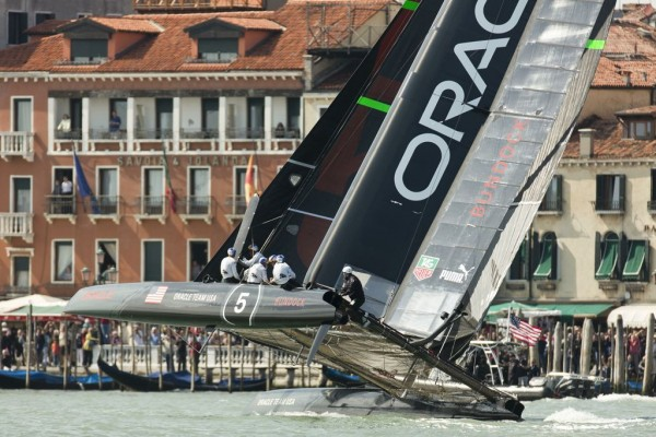 tag-heuer-venice-oracle-team