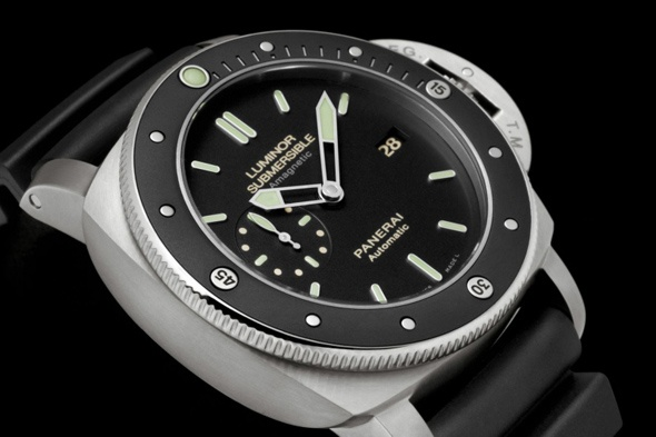 Panerai Luminor Submersible Amagnetic 3 Days Automatic Titanio