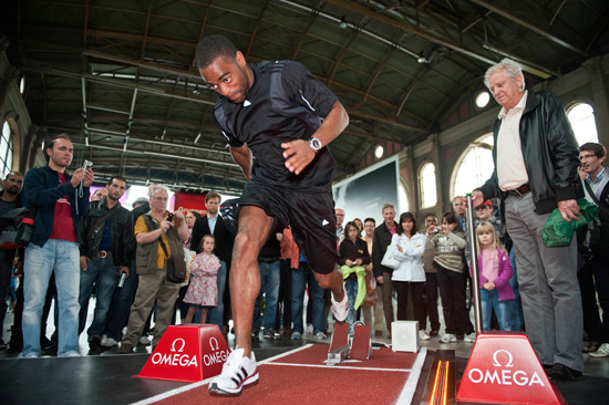 OMEGA ambassador Tyson Gay at Zurich Main Station visiting the Commemorative Exhibition