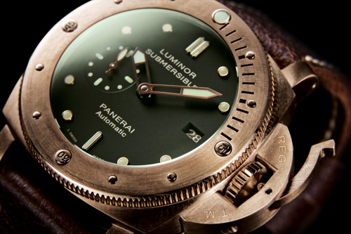 SIHH 2011 Panerai Luminor Submersible 1950 3 Days Automatic (PAM0032)