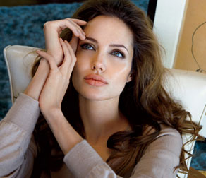Angelina Jolie is Proposed New Role in Ridley Scott's 'Gucci'