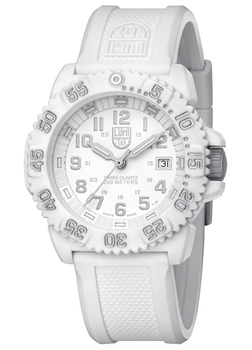 Luminox launched All-white